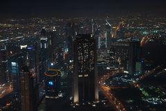 Dubai im Lichtermeer