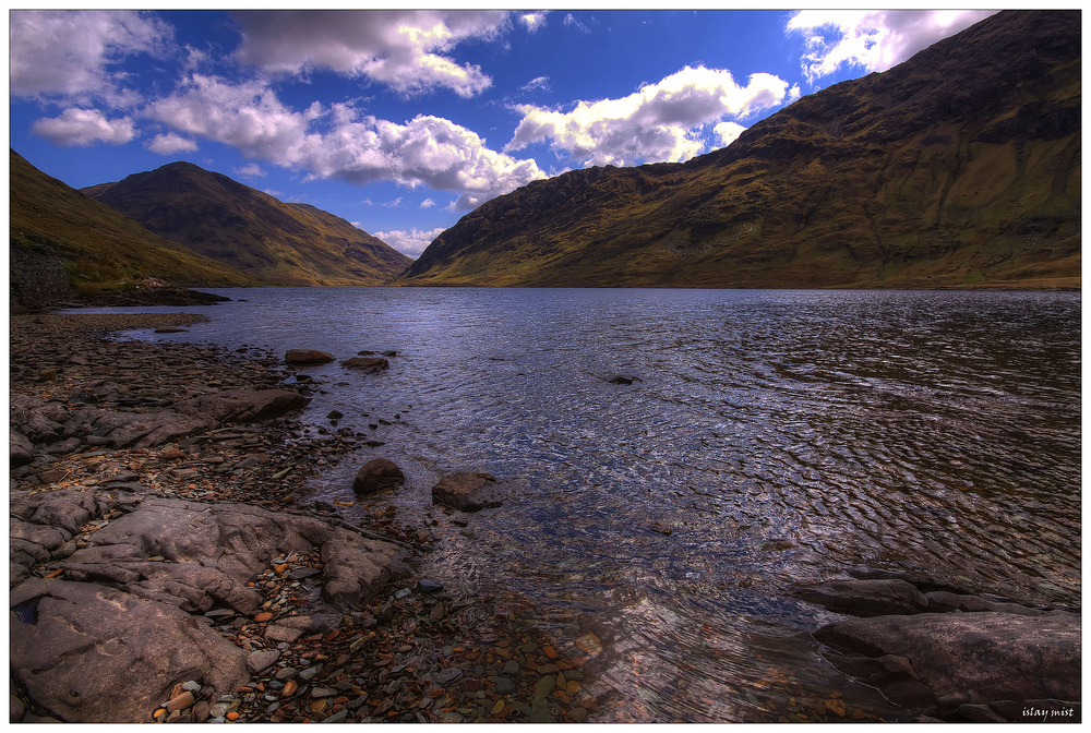*Dubh Loch*