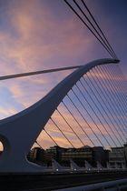 Dublin - Brücke in Form einer Harfe