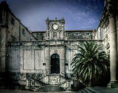 Dubrovnik, ne Treppe, ne Tür und eine Palme...;)