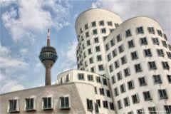 Düsseldorf ..... 240,5  Meter