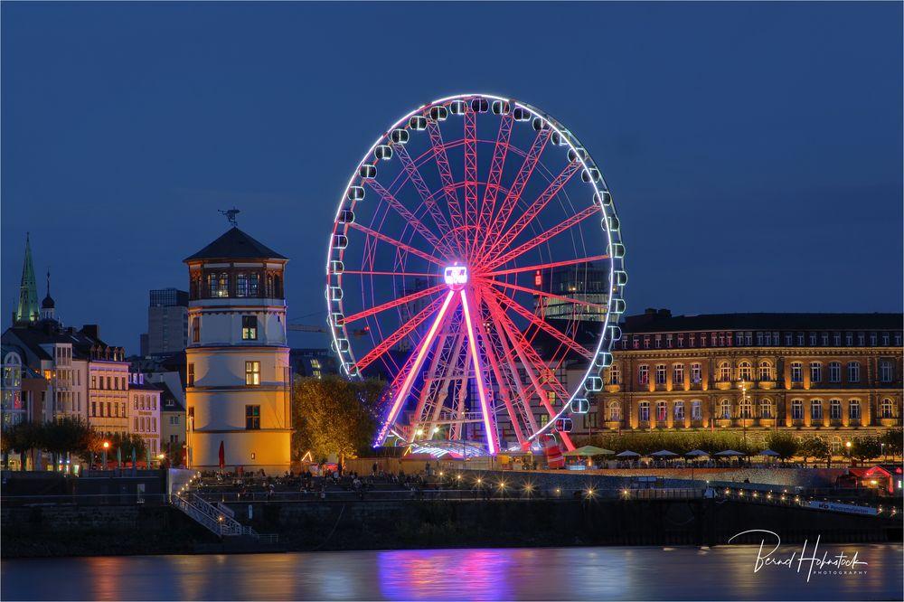 Düsseldorf am Rhein ..... letzte Runde AlarmstufeRot
