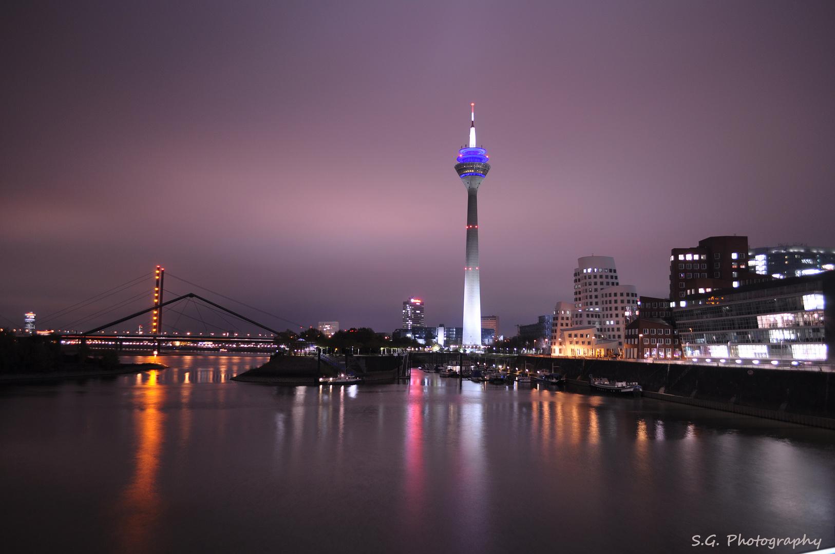 Düsseldorf bei Nacht 155