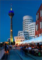 Düsseldorf - Der MedienHafenv - Sommernacht**