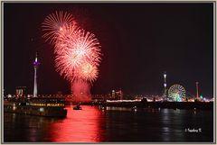 Düsseldorf - Feuerwerk - das letzte Foto