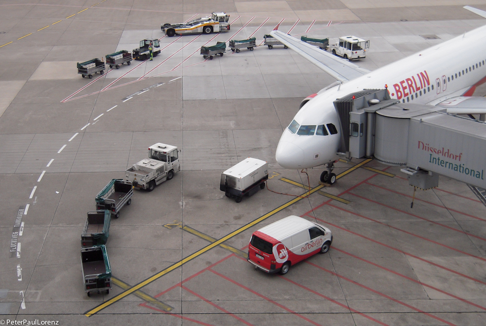 Düsseldorf Flughafen Foto & Bild deutschland, europe