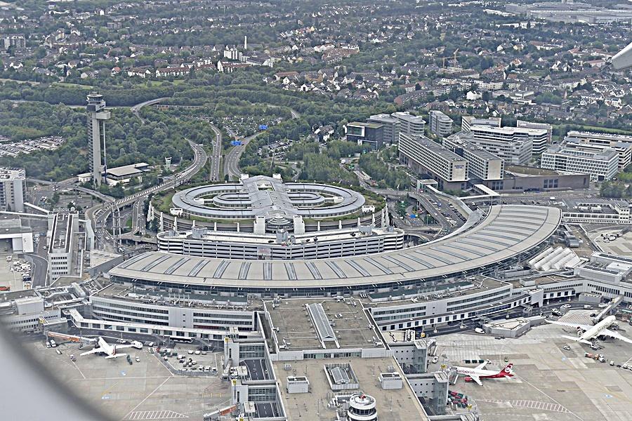 Düsseldorf Flughafen...