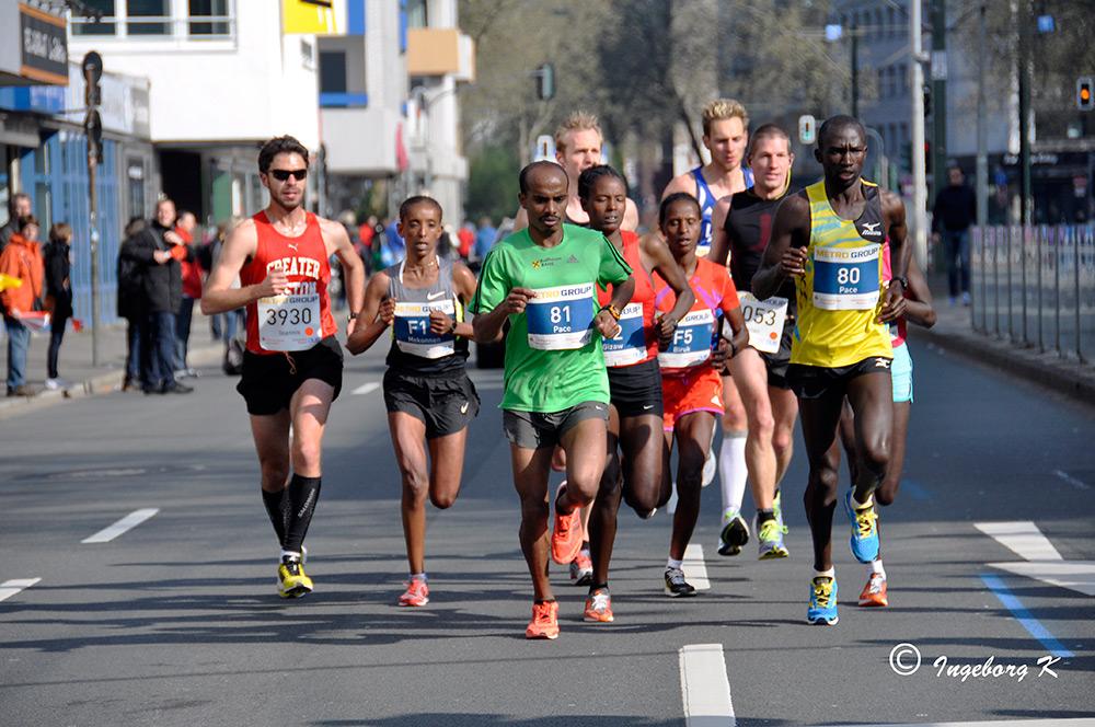 Düsseldorf - Marathon am 28.04.2013 - 19