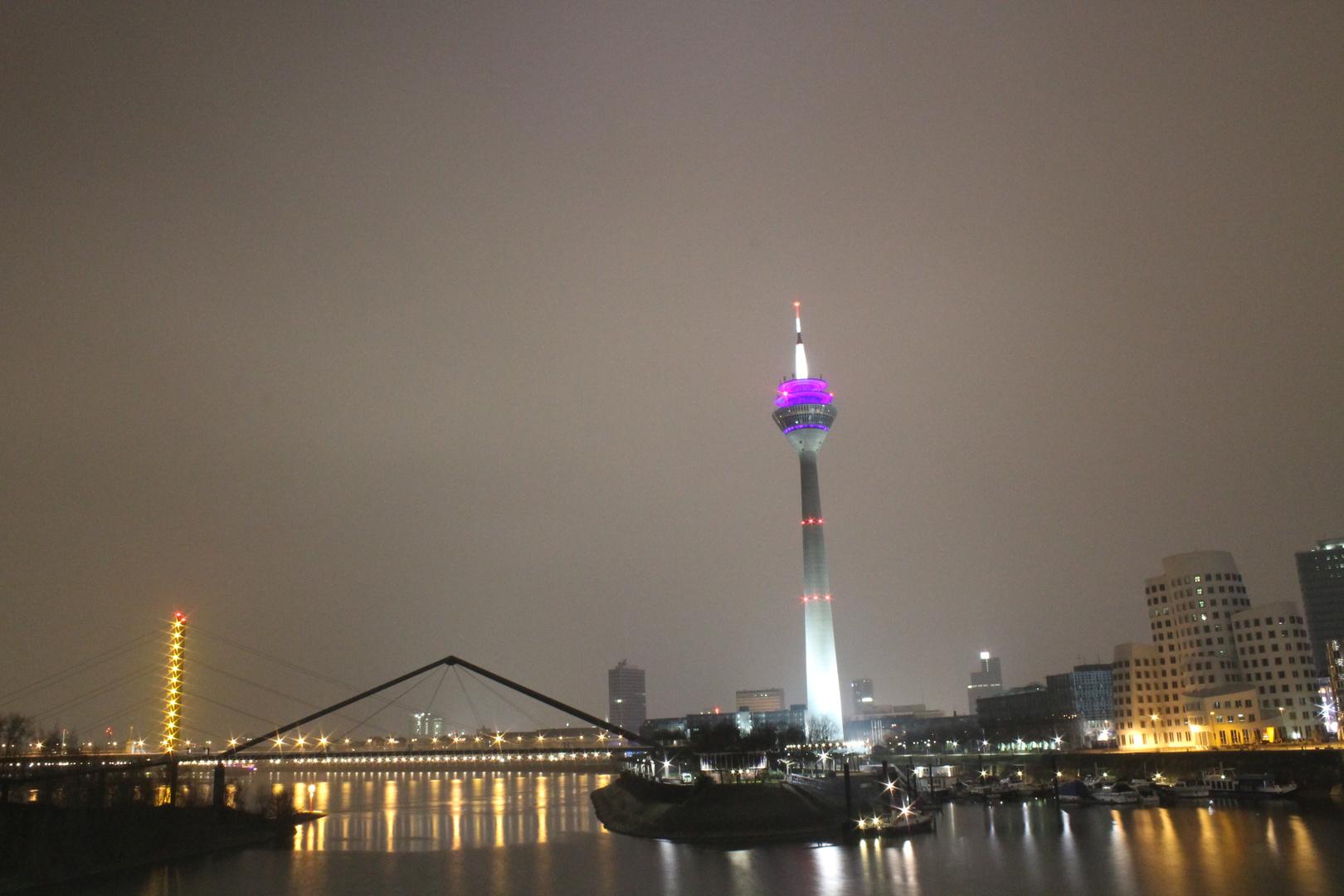 Düsseldorf - Medien Hafen