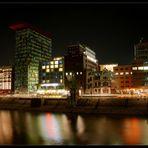 - Düsseldorf Medienhafen-