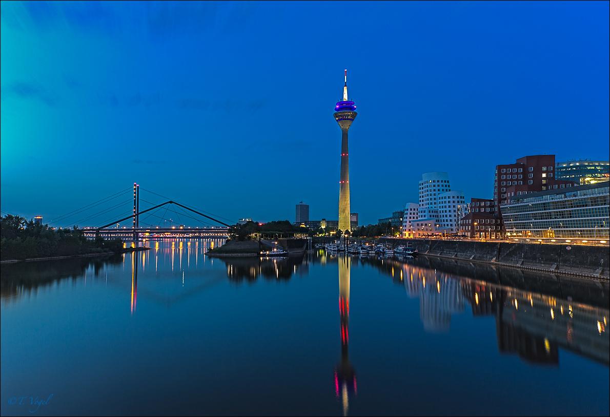 """""""Düsseldorf- Medienhafen"""""""
