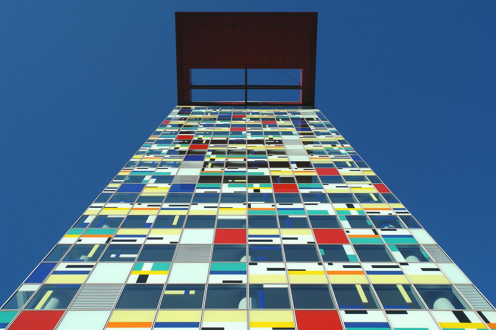"""Düsseldorf Medienhafen mit """"Colorium"""" 2"""