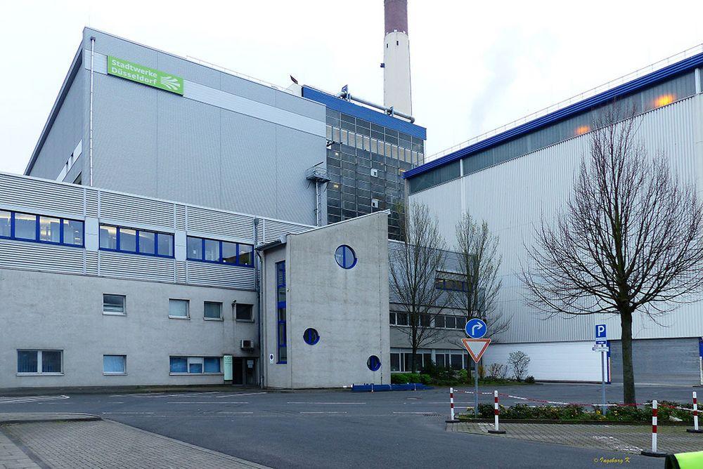 Düsseldorf - Müllverbrennungsanlage Flingern - Gebäude-Anlage