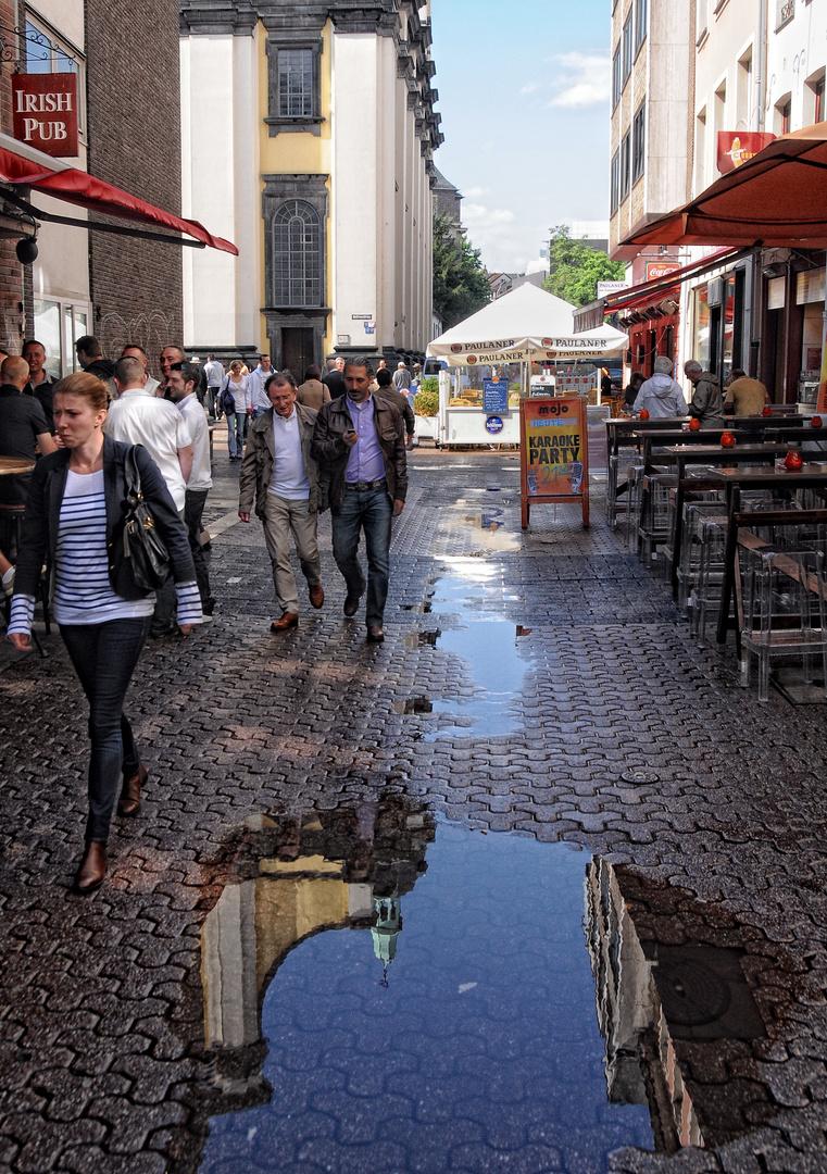 Düsseldorf: Nach dem Gewitter in der Altstadt