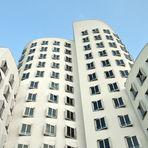 Düsseldorf, Neuer Zollhof, Frank O. Gehry, 1998