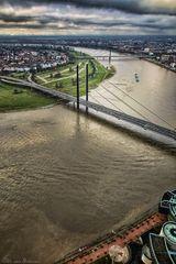 Düsseldorf Rheinknie