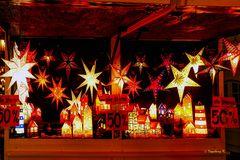 Düsseldorf- Weihnachtsmarkt Alstadt - Sterne-Ausverkauf