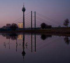 Düsseldorf_Blue-Hour