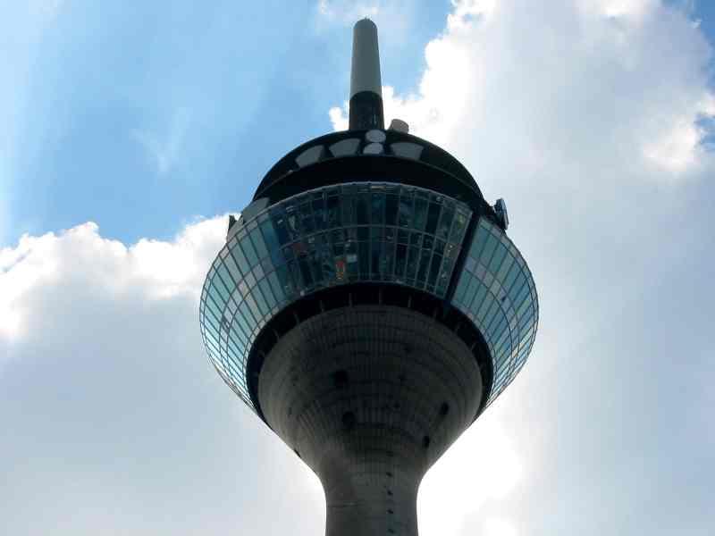 Düsseldorfer Rheinturm - Die Spitze