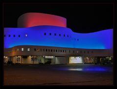 Düsseldorfer Schauspielhaus am Abend (reload)