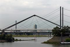 Düsseldorfs Brücken