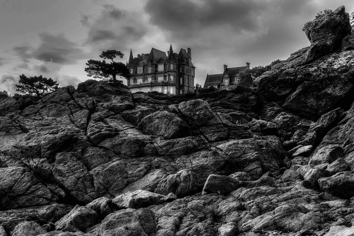 Düstere Bretagne