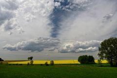 Düstere Wolken ...