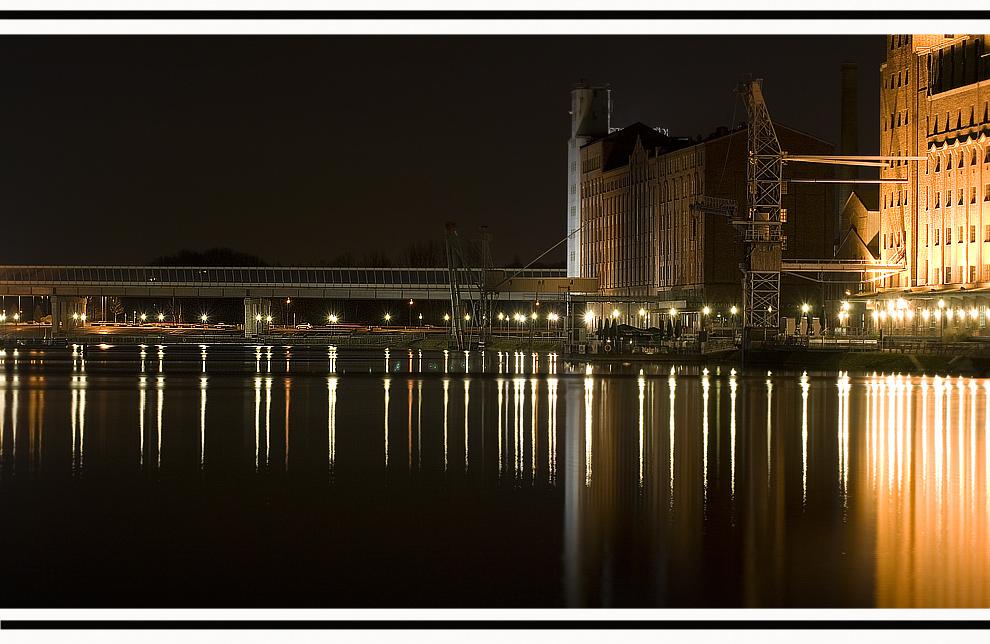 -= Duisburg Hafen =-