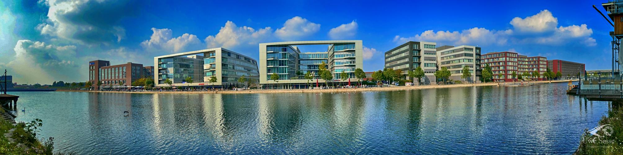 Duisburg Innenhafen 1 Panorama