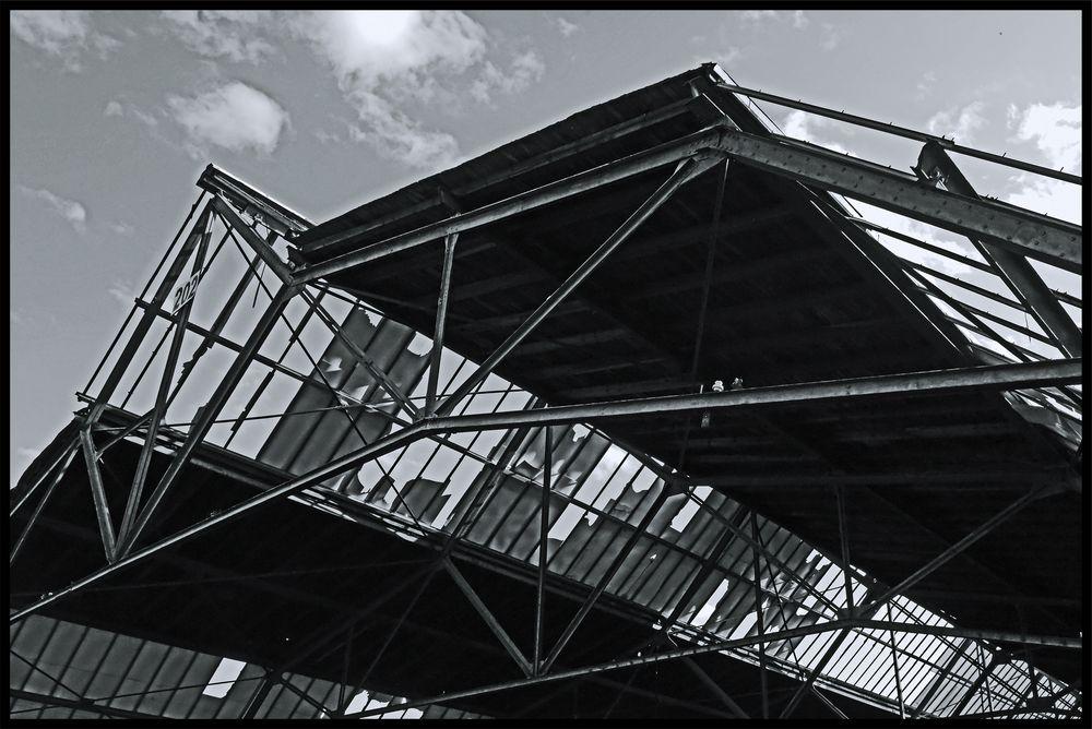 Duisburg ungeschminkt 13 - Dachschaden