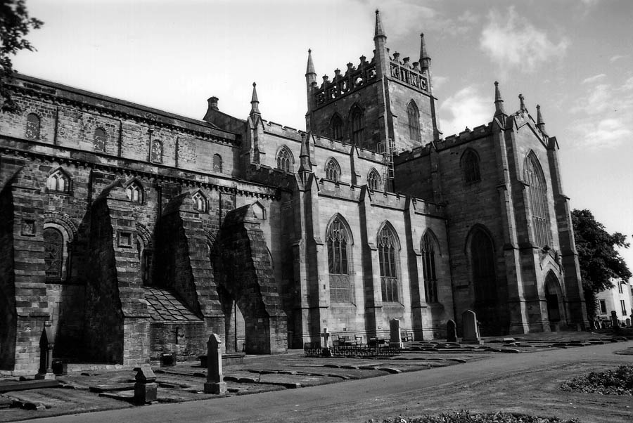 Dunfermline Cathedral (1)