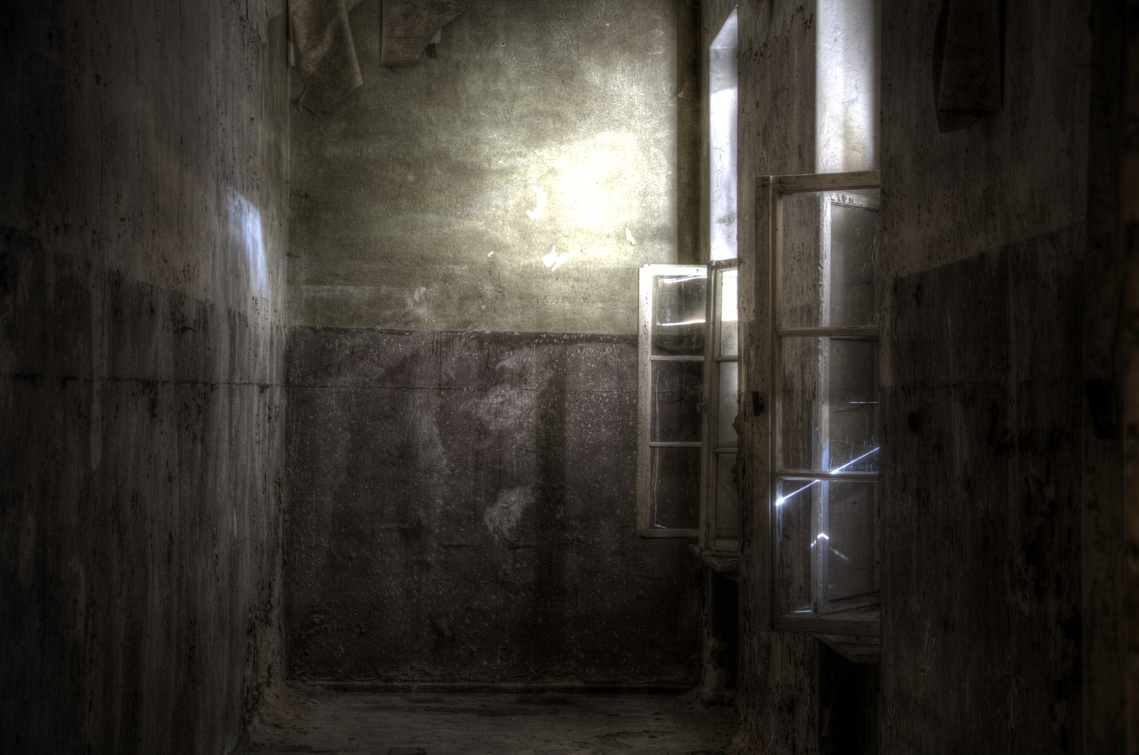 dunkle ecke mit licht foto bild architektur lost places morbides bilder auf fotocommunity. Black Bedroom Furniture Sets. Home Design Ideas