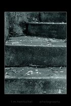 Dunkle Stufen