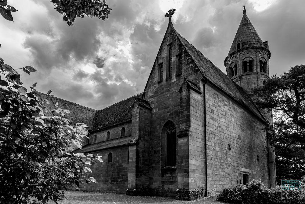 Dunkle Wolken über Kloster Lorch