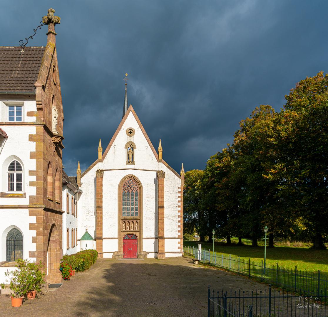 Dunkle Wolken über Kloster Maria-Wald?