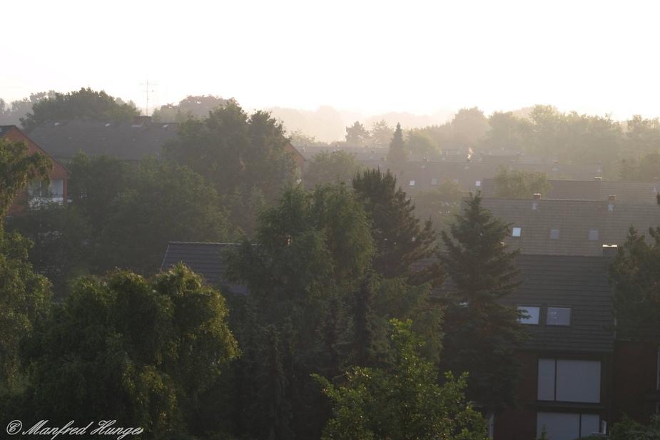 Dunstige Morgenstimmung über Norderstedt