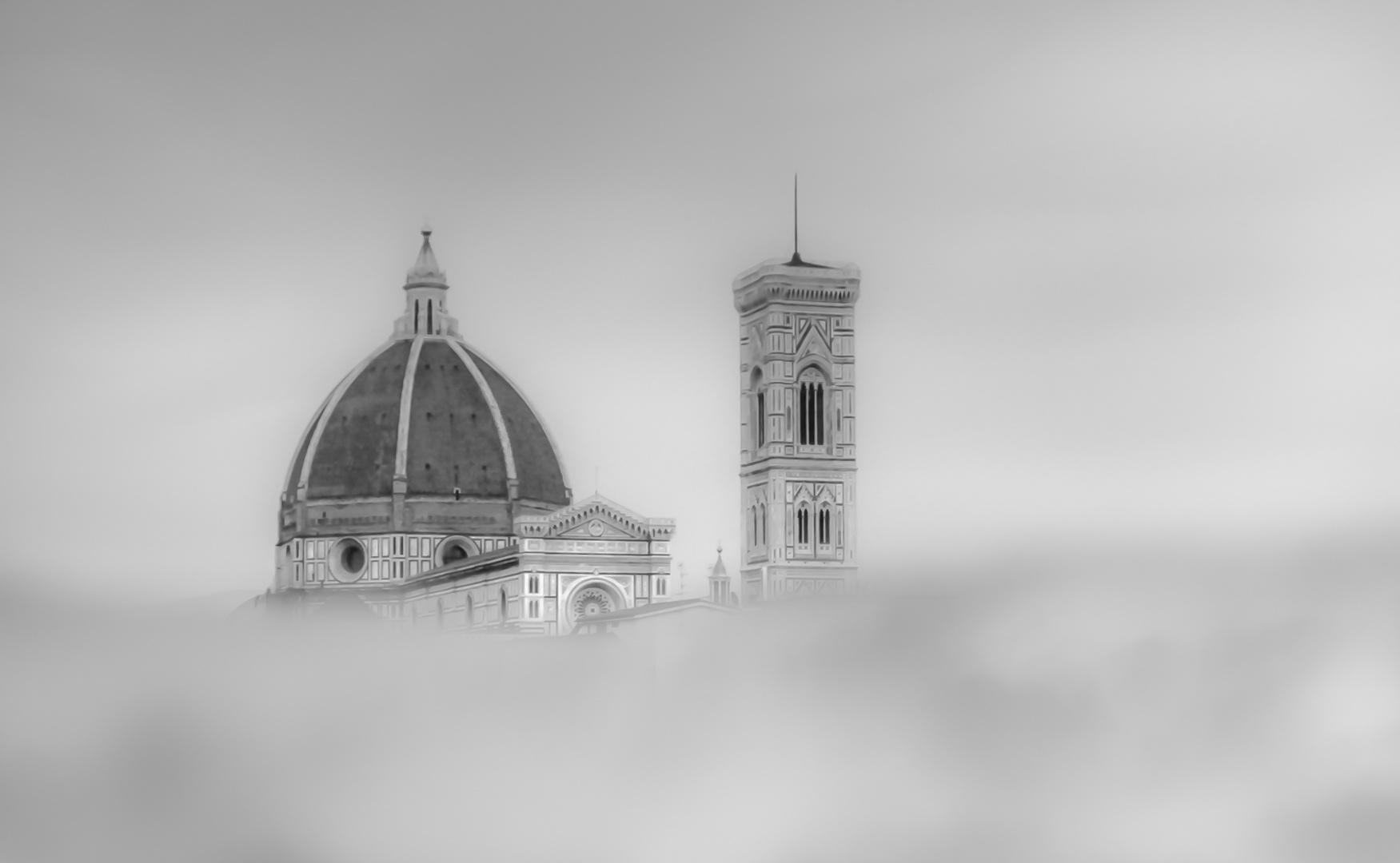 Duomo nella nebbia