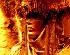 """""""Durante il carnevale,gli uomini indossano una maschera in più!.."""