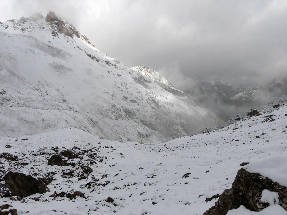 Durch den Schnee zur Gargglerin
