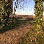 Durchblick auf den Golfplatz