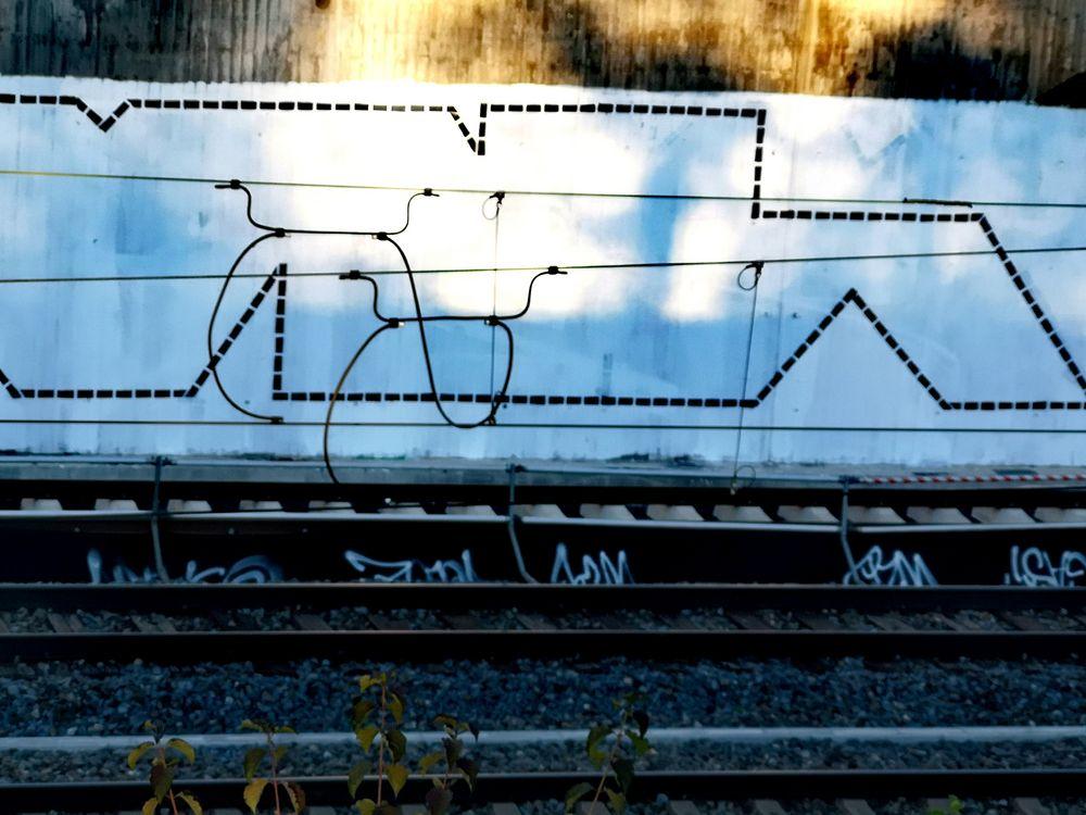DURCHBLICK Schiene Fahrdraht p21-12-col