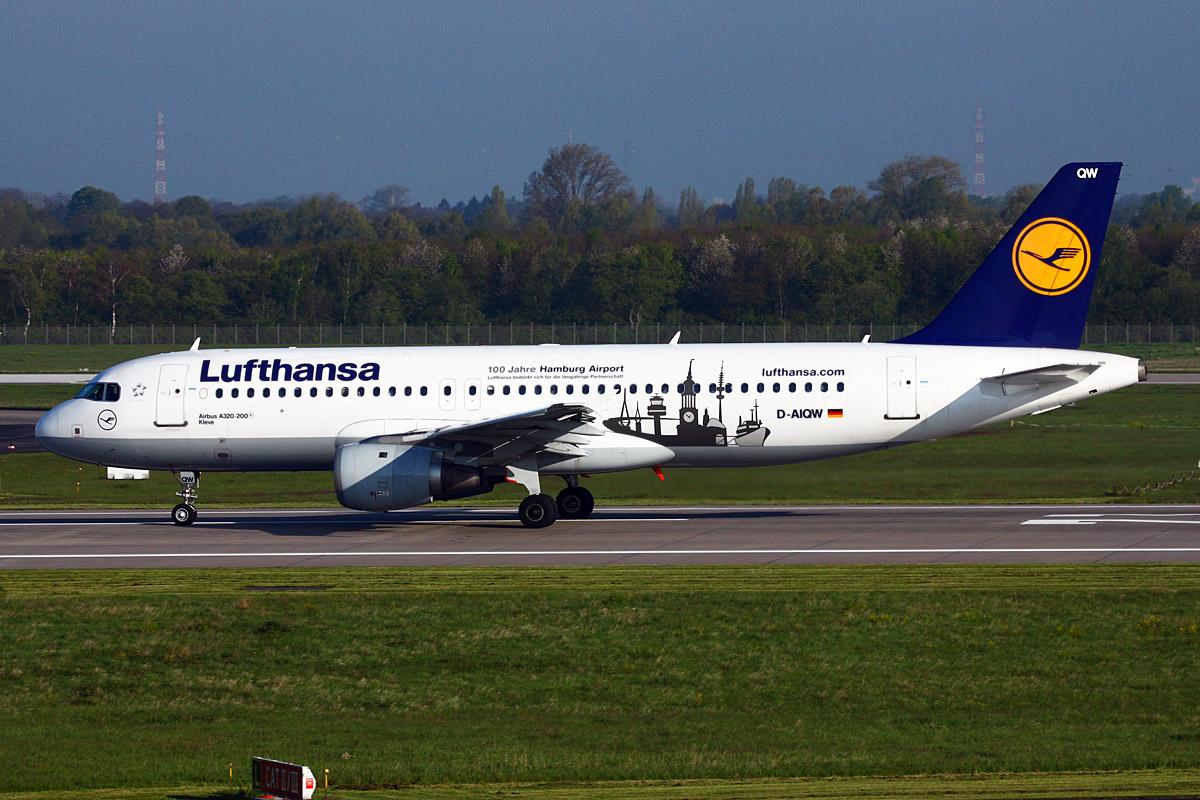 DUS 25.04.2012 Lufthansa mit Hamburg Sticker
