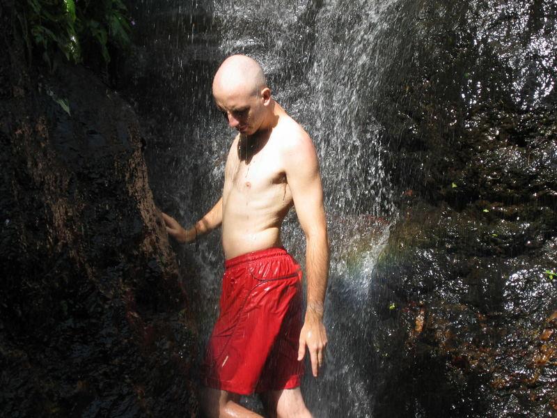 dusche unterm wasserfall