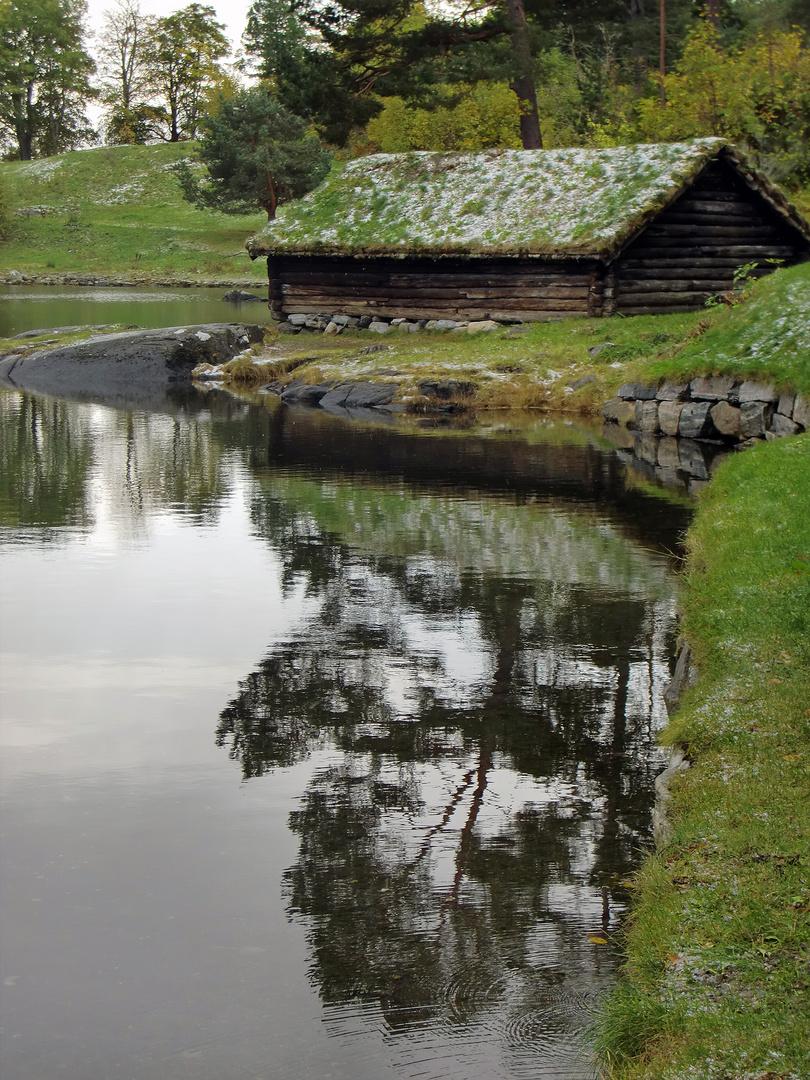 Dwarf house...:)))