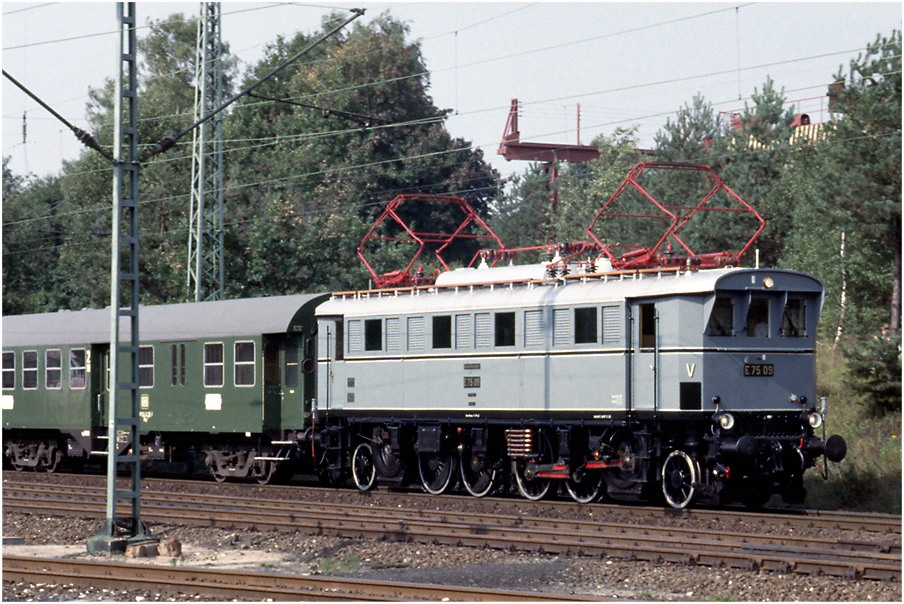E 75 09