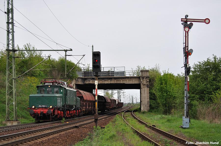 E 94 052 südlich von Merseburg