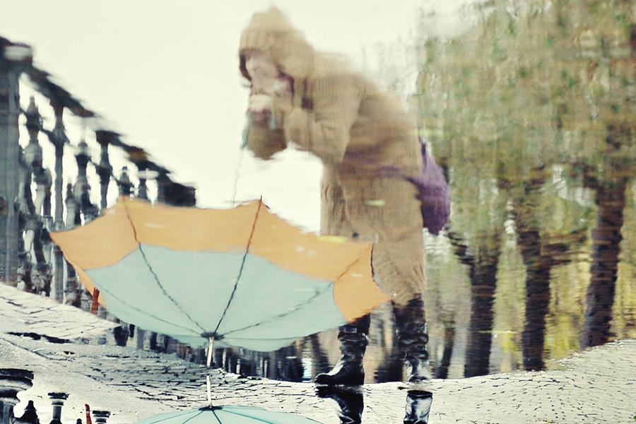 E i colori di pioggia, in un giorno di pioggia...