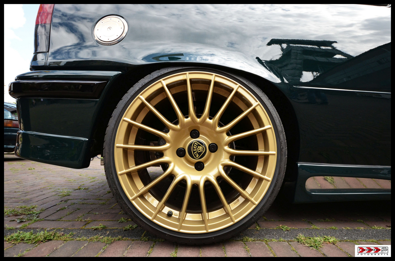 """E-Type"" im ""Lotus-Look"" & passendem ""British-Racing-Green"""
