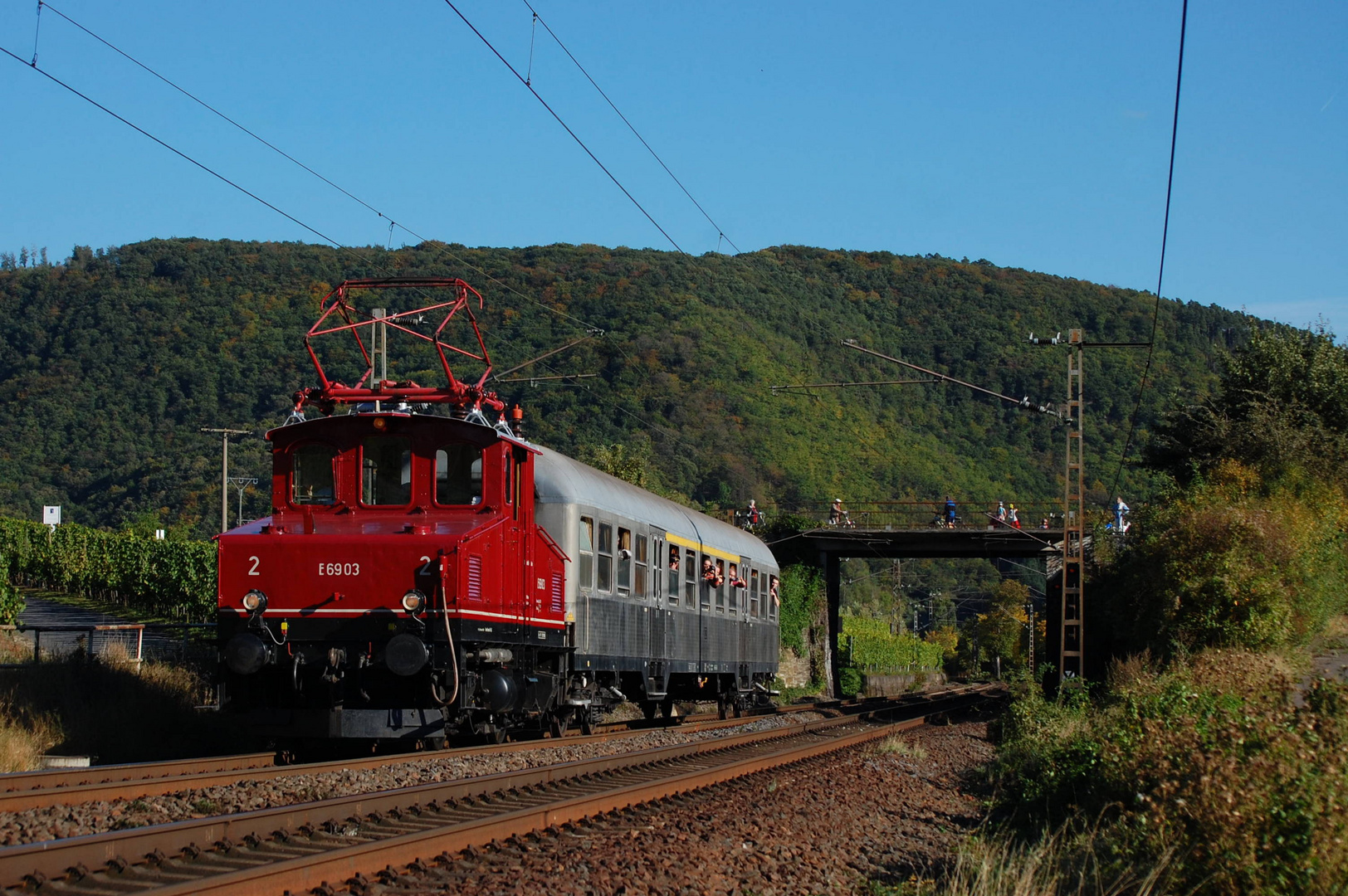 E69 003 auf der Fahrt von Koblenz nach Kobern-Gondorf