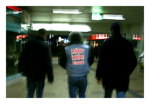 eben gerade im Altonaer Bahnhof in Hamburg